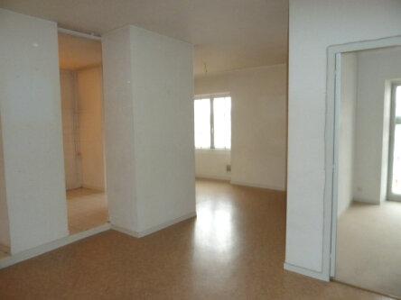 Appartement à louer 2 53m2 à Périgueux vignette-1