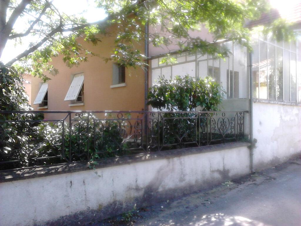 Maison à vendre 4 100m2 à Saint-Léon-sur-l'Isle vignette-2