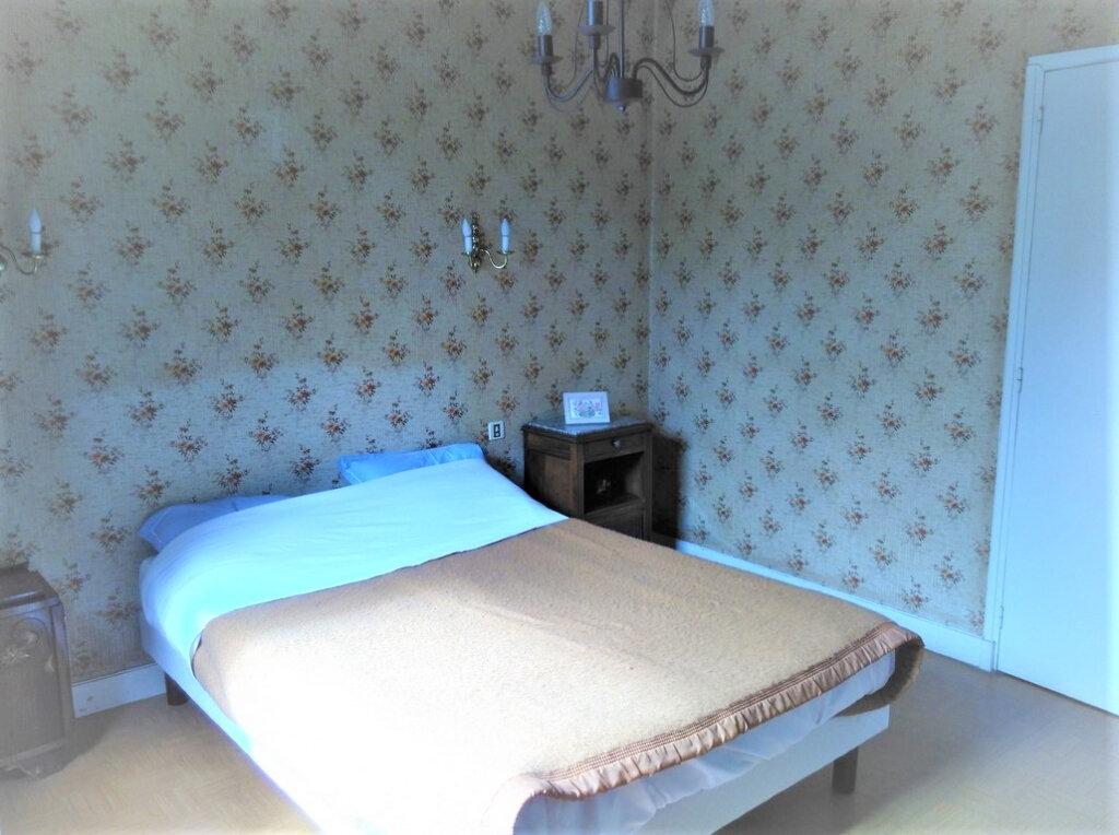 Maison à vendre 4 100m2 à Saint-Léon-sur-l'Isle vignette-6