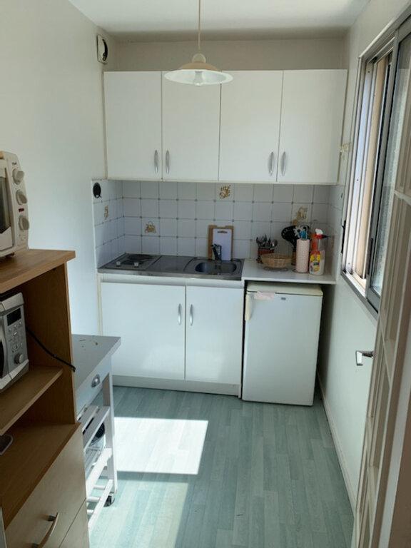 Appartement à louer 1 28m2 à Périgueux vignette-3