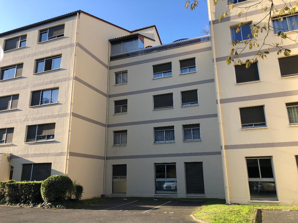 Appartement à louer 1 28m2 à Périgueux vignette-4