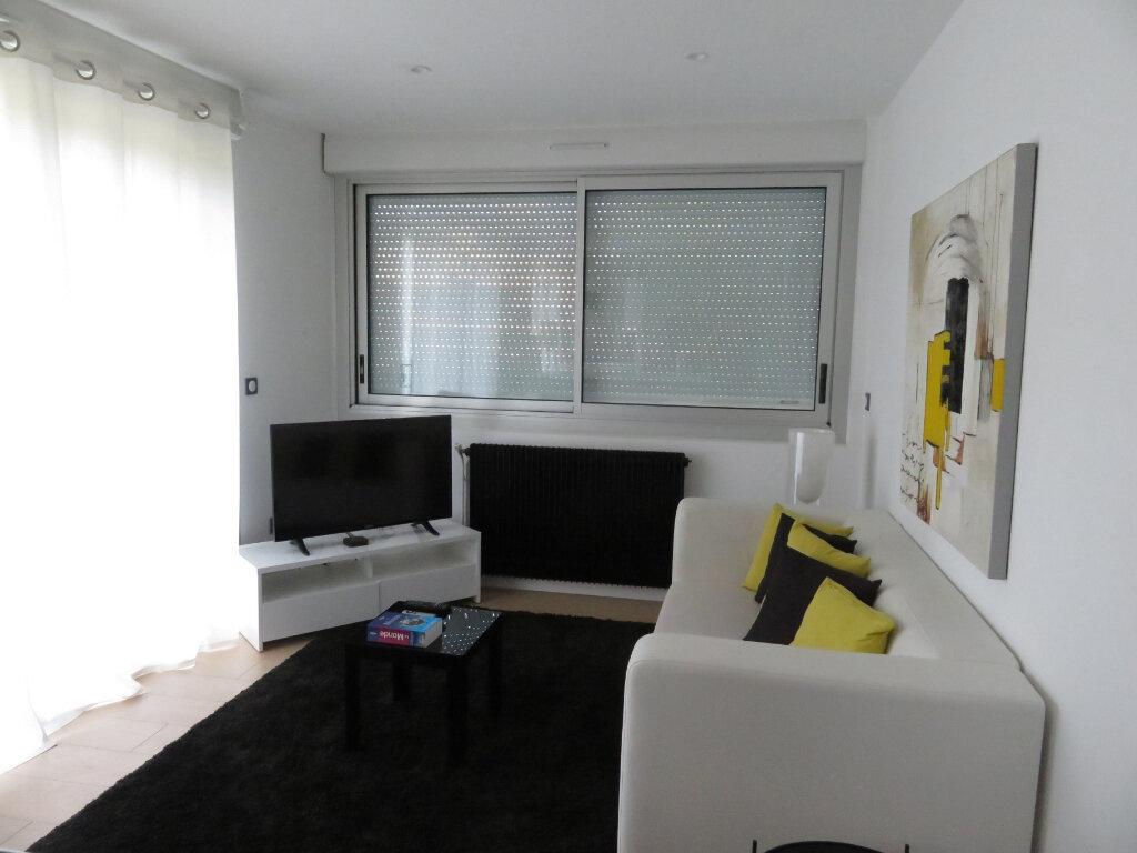 Appartement à louer 3 58m2 à Pau vignette-1