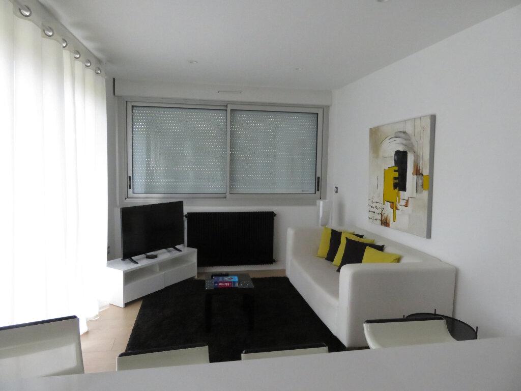 Appartement à louer 3 58m2 à Pau vignette-8