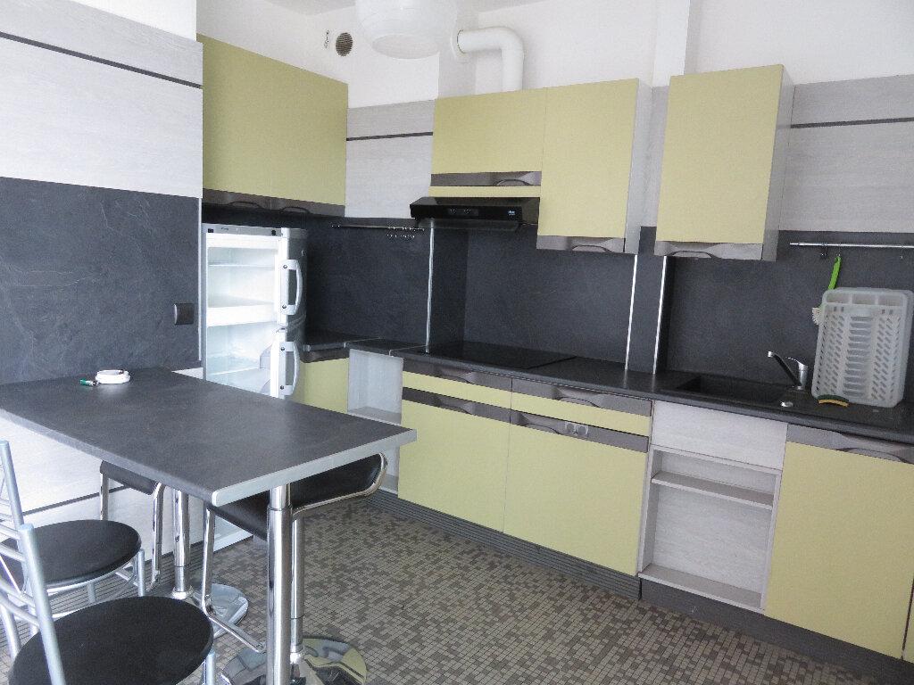 Appartement à louer 2 36m2 à Pau vignette-3