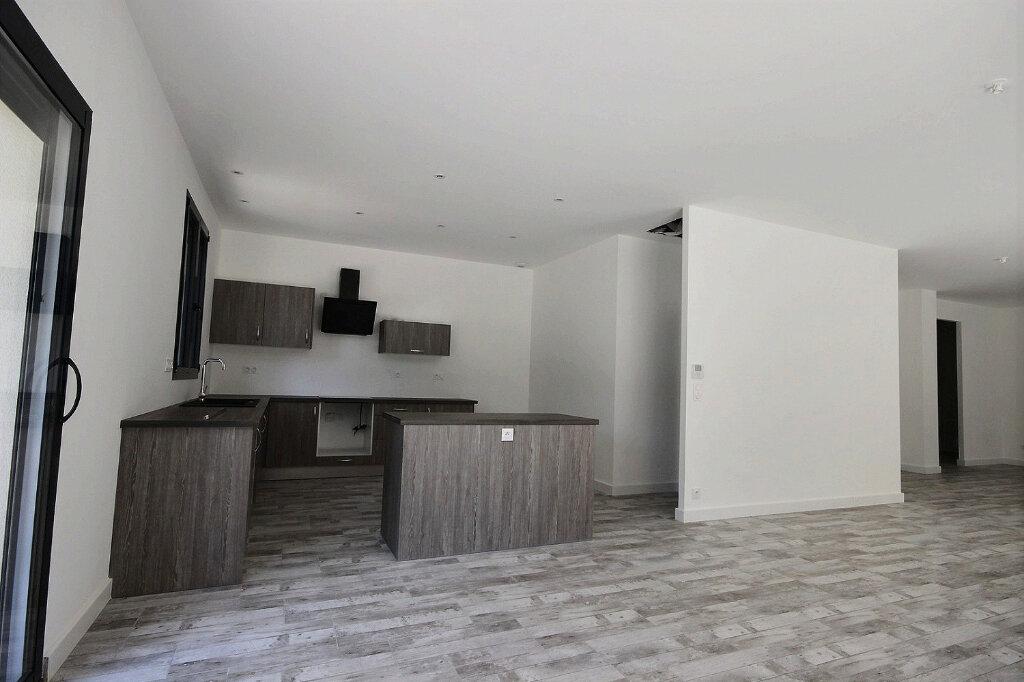 Appartement à vendre 6 233m2 à Billère vignette-3