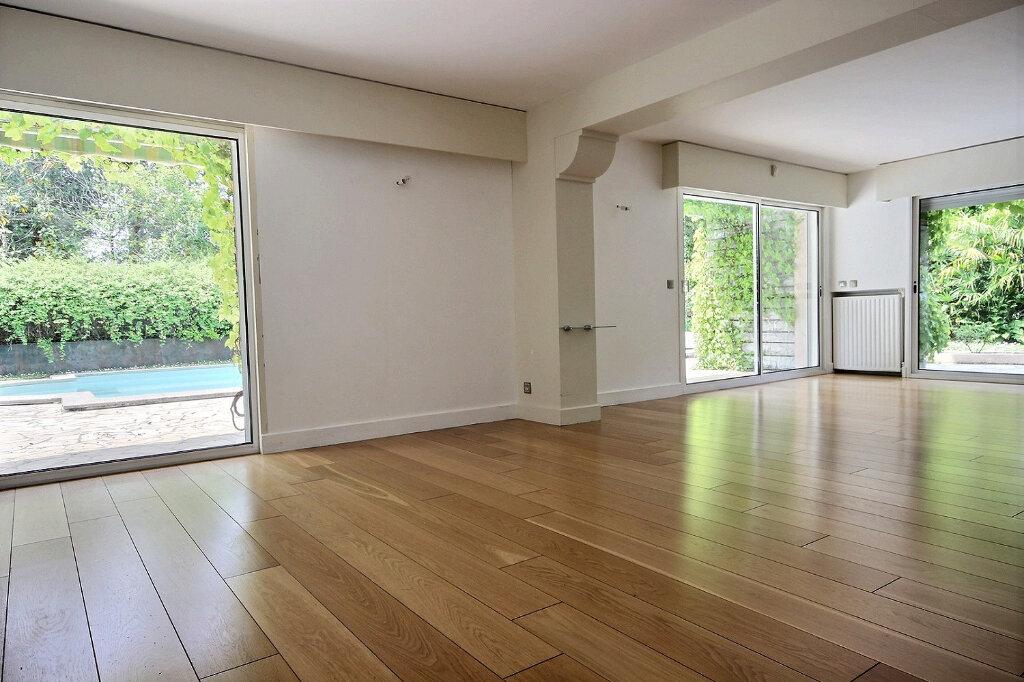 Maison à vendre 7 320m2 à Pau vignette-3