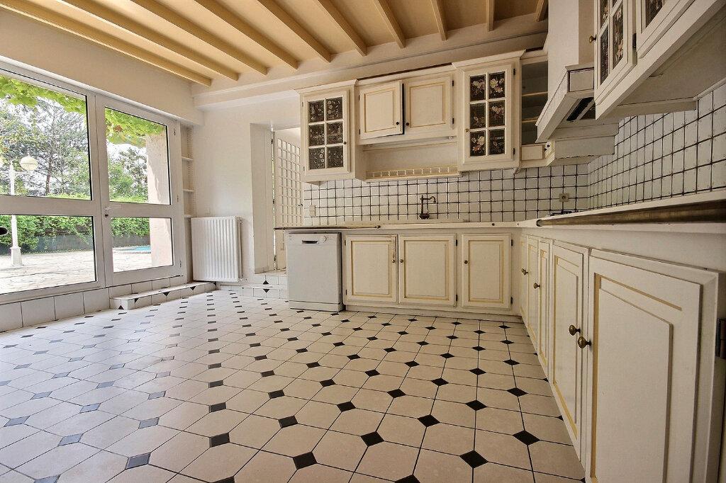 Maison à vendre 7 320m2 à Pau vignette-4