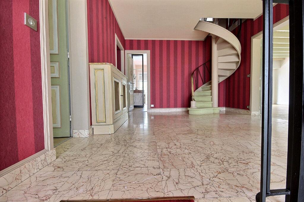Maison à vendre 7 320m2 à Pau vignette-9