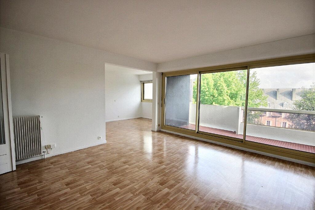Appartement à louer 4 94m2 à Pau vignette-1