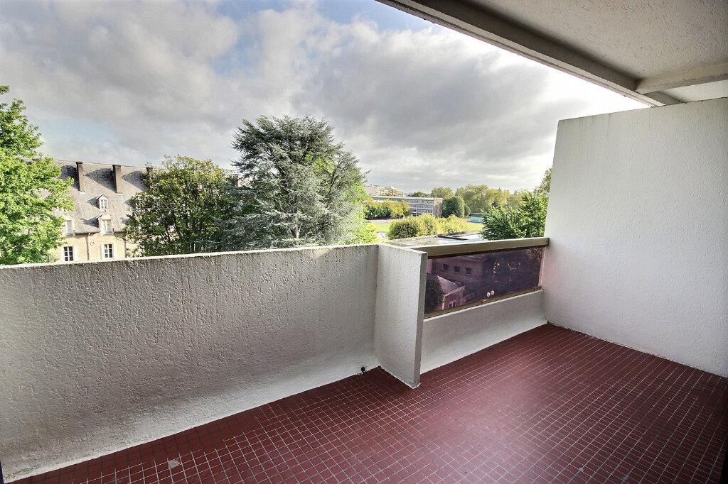 Appartement à louer 4 94m2 à Pau vignette-2