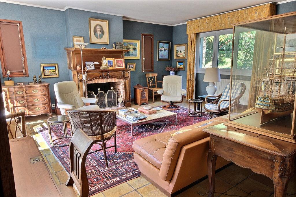 Maison à vendre 7 187m2 à Pau vignette-3