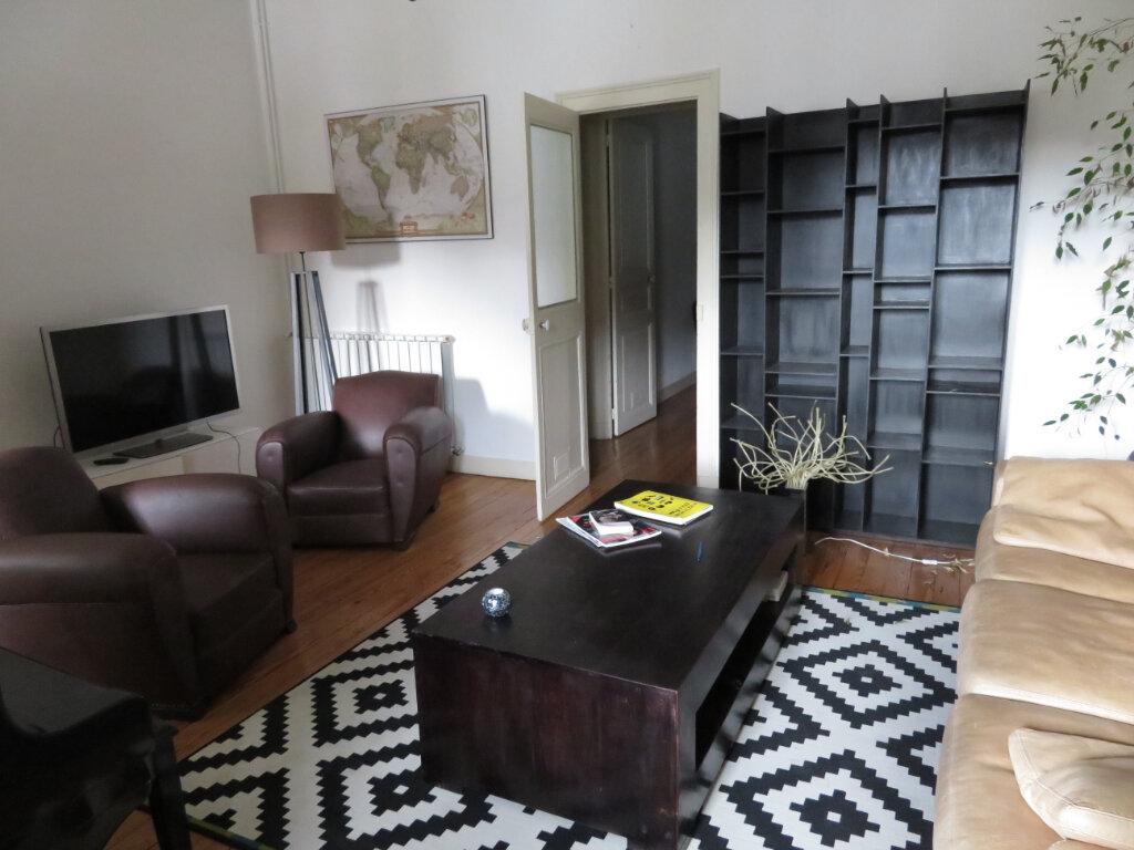 Appartement à louer 4 100m2 à Pau vignette-4