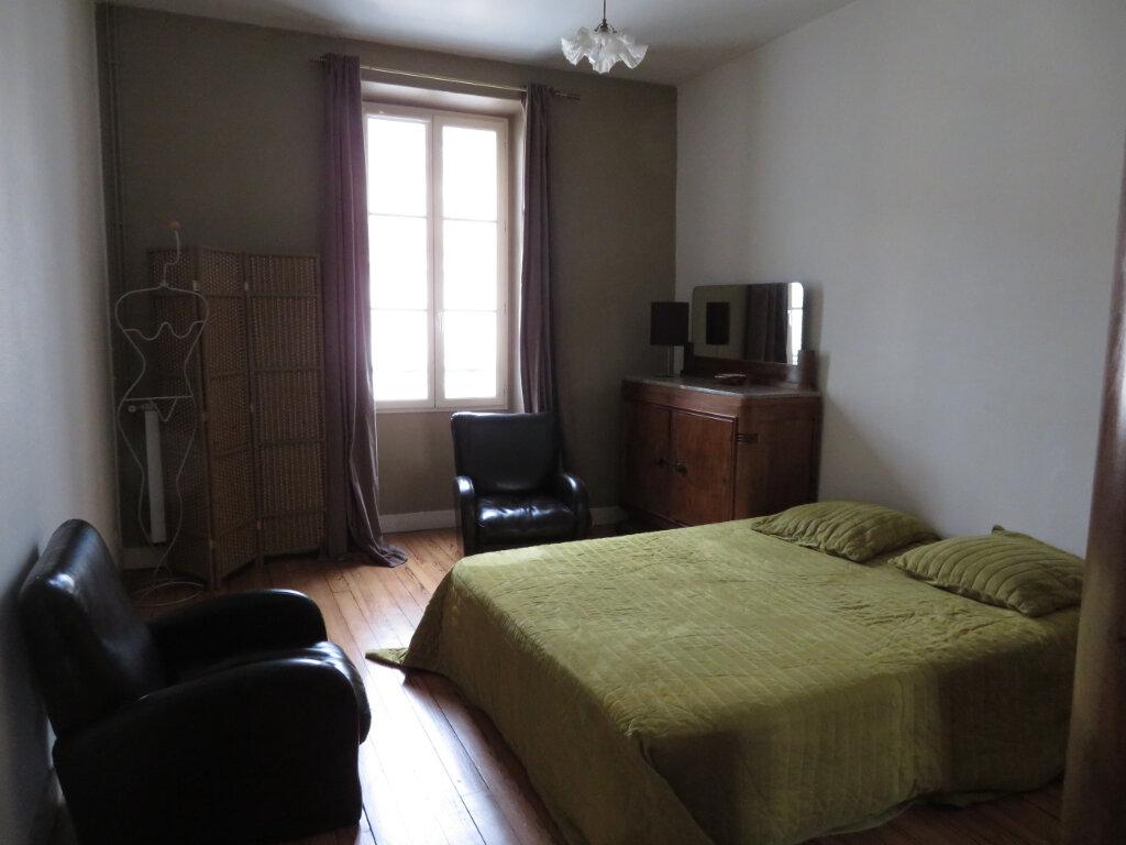 Appartement à louer 4 100m2 à Pau vignette-5