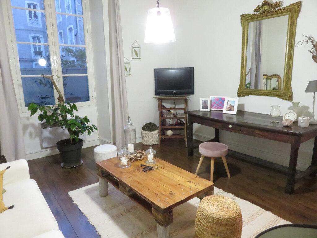 Appartement à louer 2 48m2 à Pau vignette-1