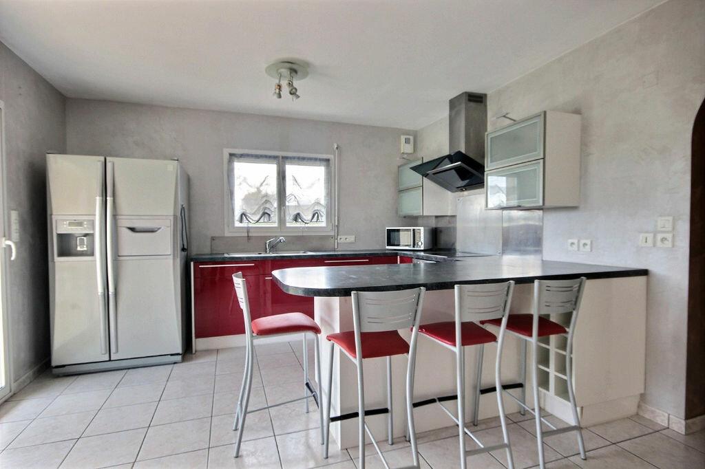 Maison à vendre 8 184m2 à Soumoulou vignette-3