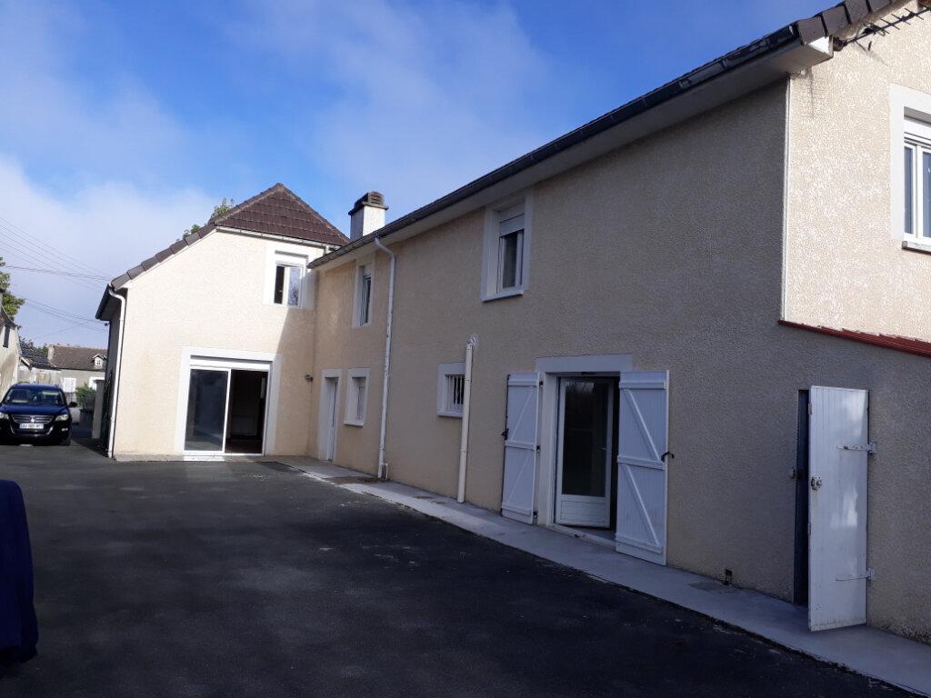 Maison à vendre 11 157m2 à Bordes vignette-1