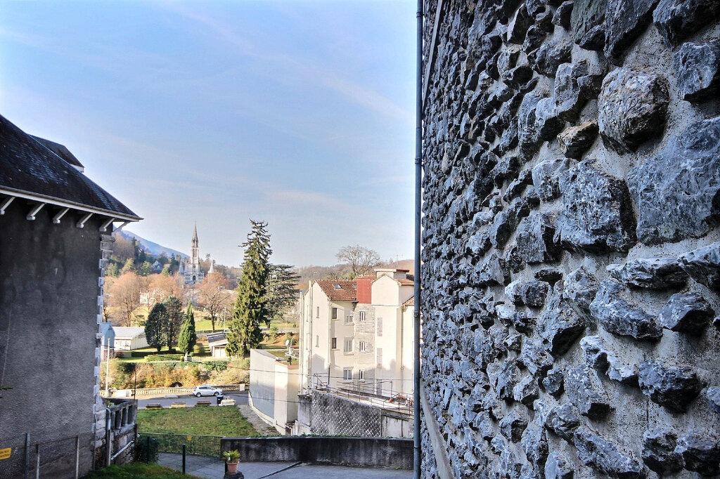 Immeuble à vendre 0 212m2 à Lourdes vignette-2