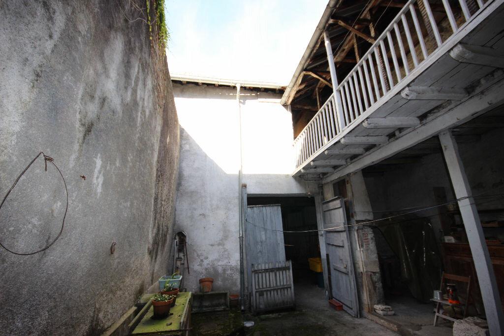 Maison à vendre 1 73m2 à Nay vignette-1