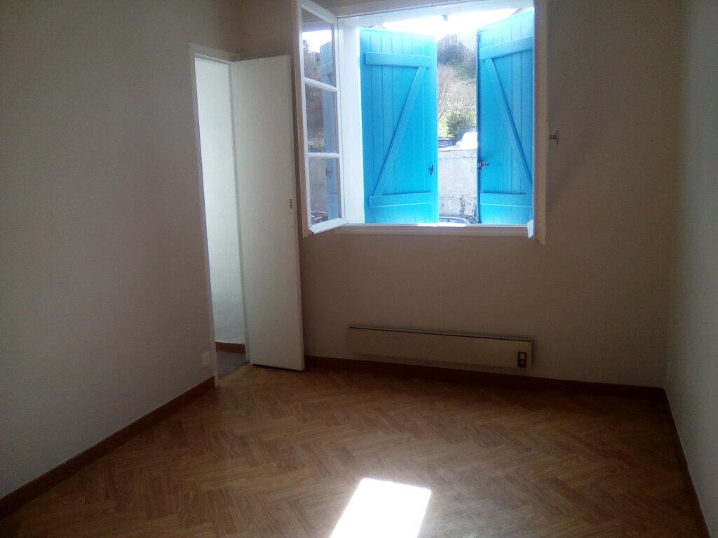 Appartement à louer 3 74.64m2 à Nay vignette-5