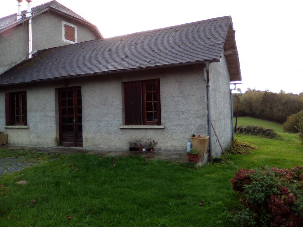 Maison à louer 2 41m2 à Lestelle-Bétharram vignette-1