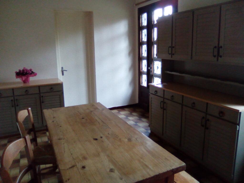 Maison à louer 2 41m2 à Lestelle-Bétharram vignette-3
