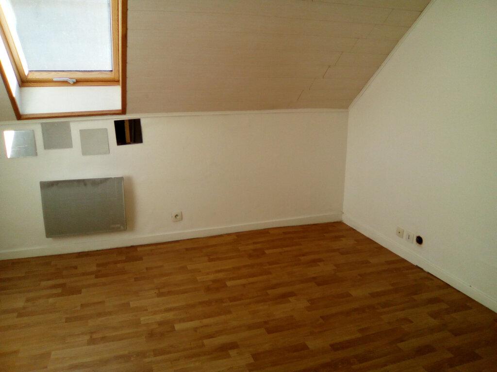 Appartement à louer 3 55m2 à Nay vignette-5