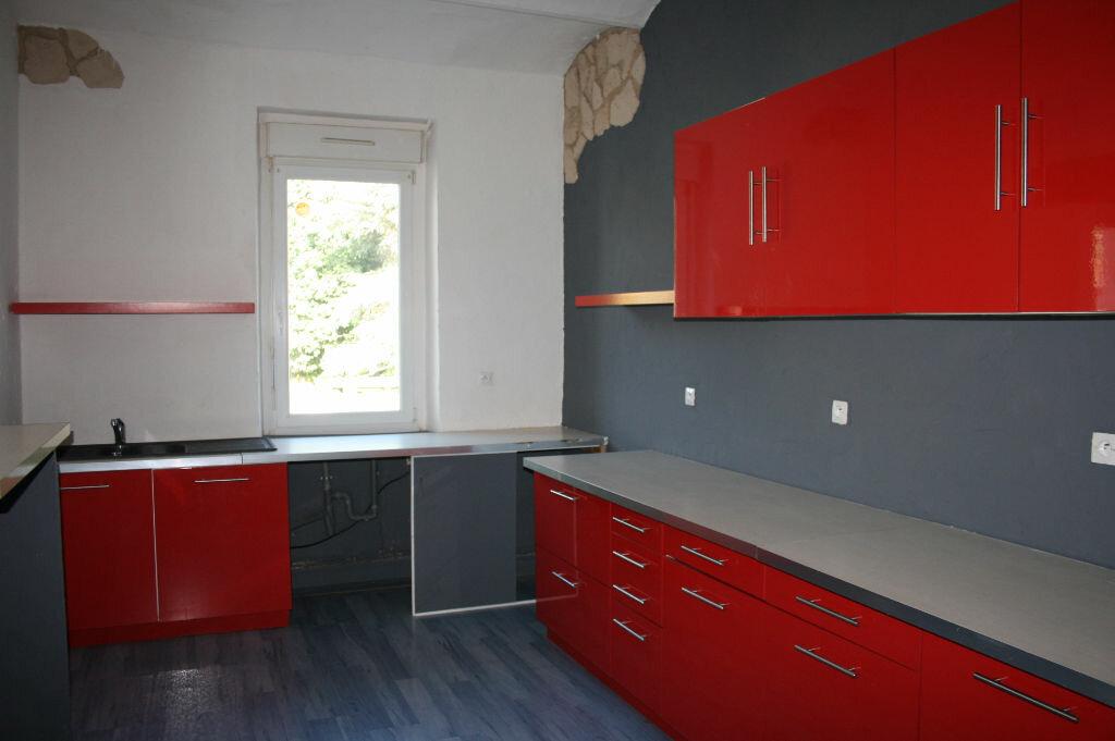 Appartement à vendre 4 123m2 à Gagnières vignette-4