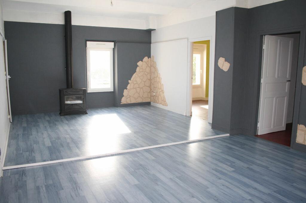 Appartement à vendre 4 123m2 à Gagnières vignette-6