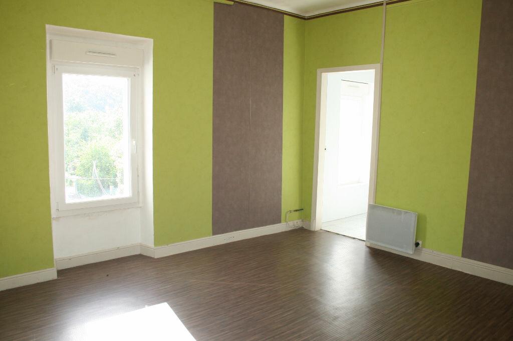 Appartement à vendre 4 123m2 à Gagnières vignette-10