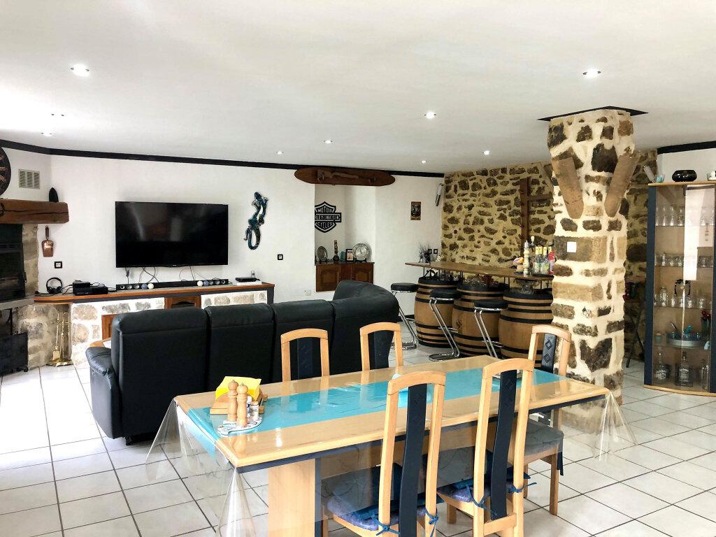 Maison à vendre 4 182m2 à Largentière vignette-4