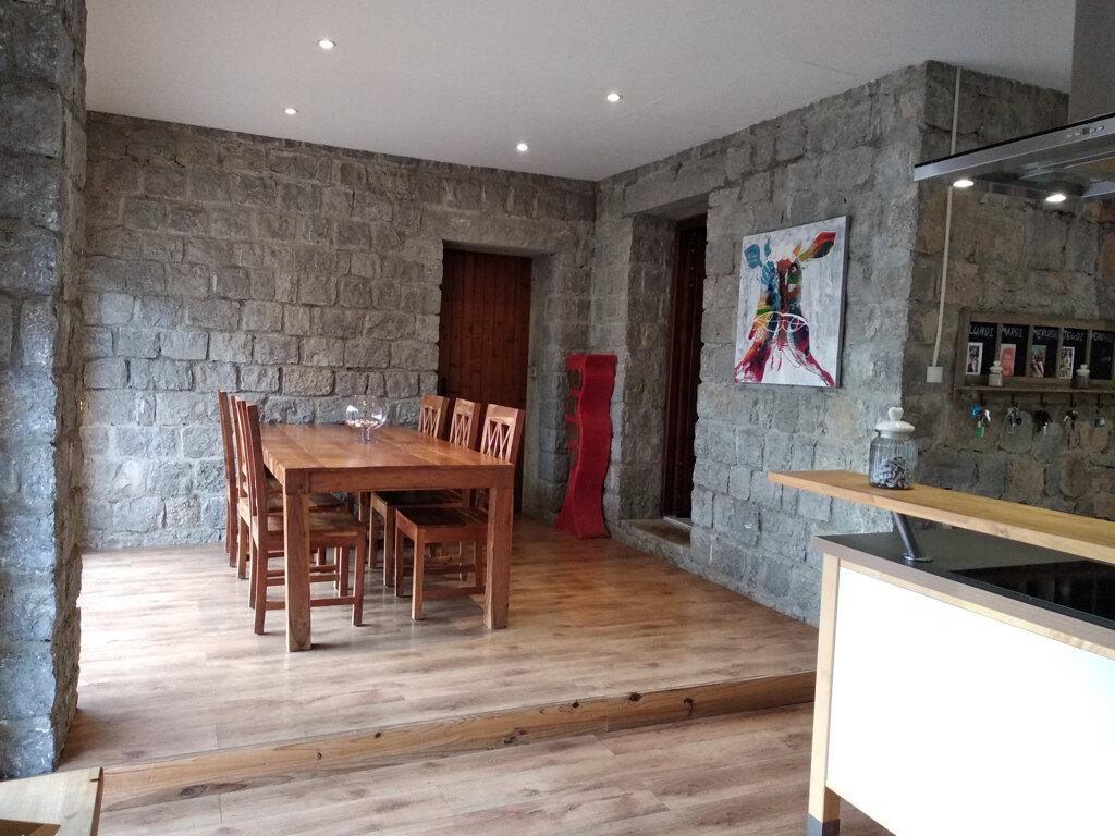 Maison à vendre 18 320m2 à Saint-Alban-Auriolles vignette-5