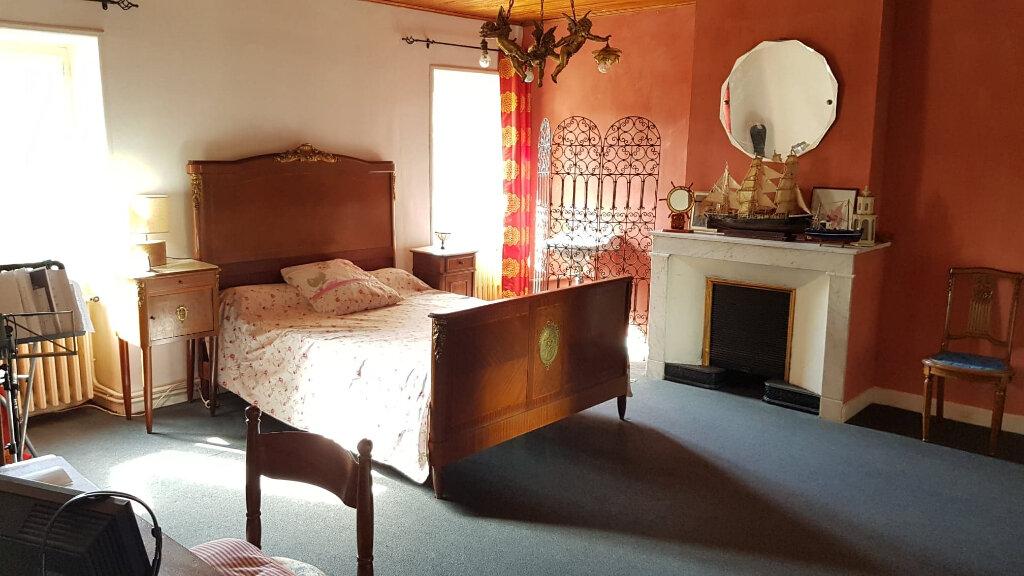 Maison à vendre 5 110m2 à Saint-Genest-de-Beauzon vignette-9