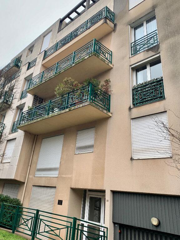 Appartement à louer 3 88.52m2 à Châtenay-Malabry vignette-8