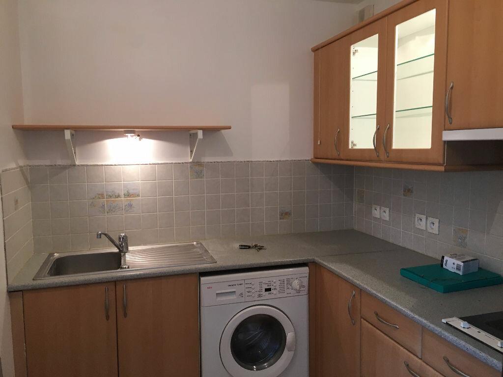 Appartement à louer 1 30.11m2 à Orsay vignette-2