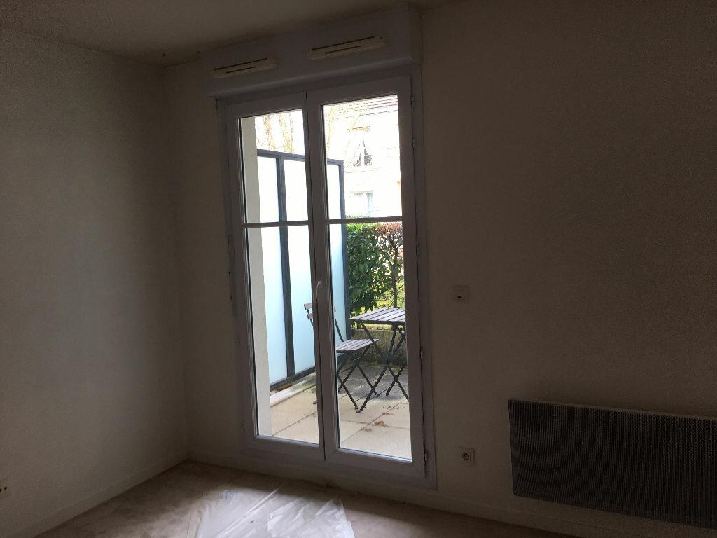 Appartement à louer 1 30.11m2 à Orsay vignette-3
