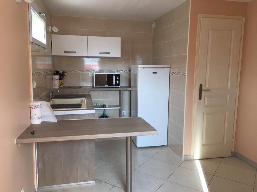 Appartement à louer 1 9.98m2 à Bures-sur-Yvette vignette-5