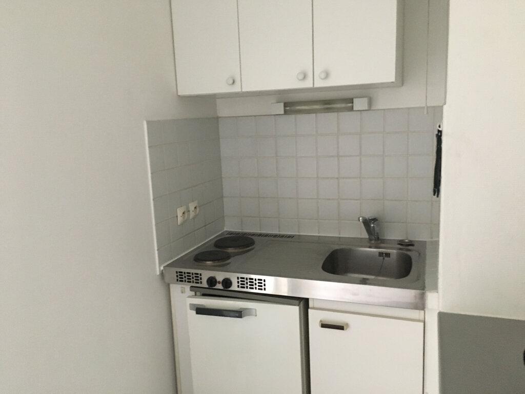 Appartement à louer 1 23.43m2 à Orsay vignette-4
