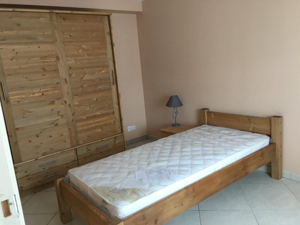Appartement à louer 1 11m2 à Bures-sur-Yvette vignette-2