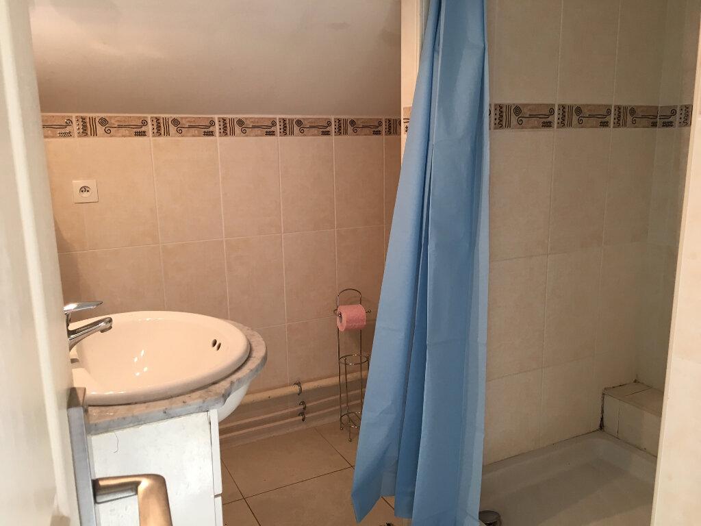 Appartement à louer 1 11m2 à Bures-sur-Yvette vignette-5