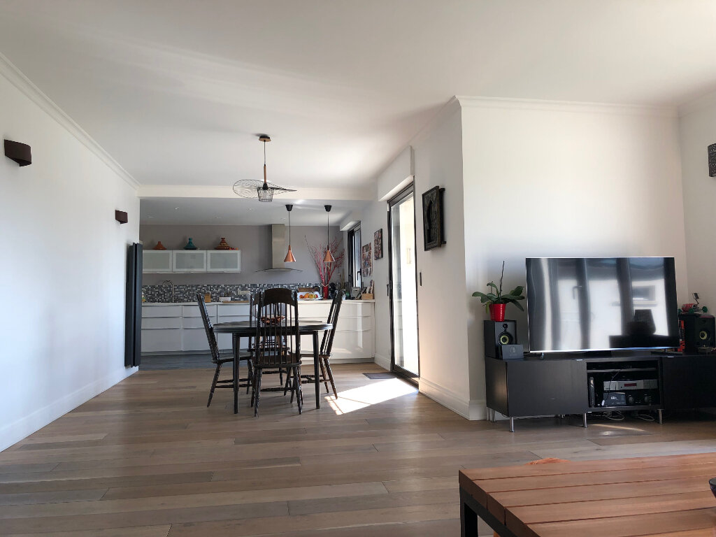 Maison à louer 7 166m2 à Gif-sur-Yvette vignette-6