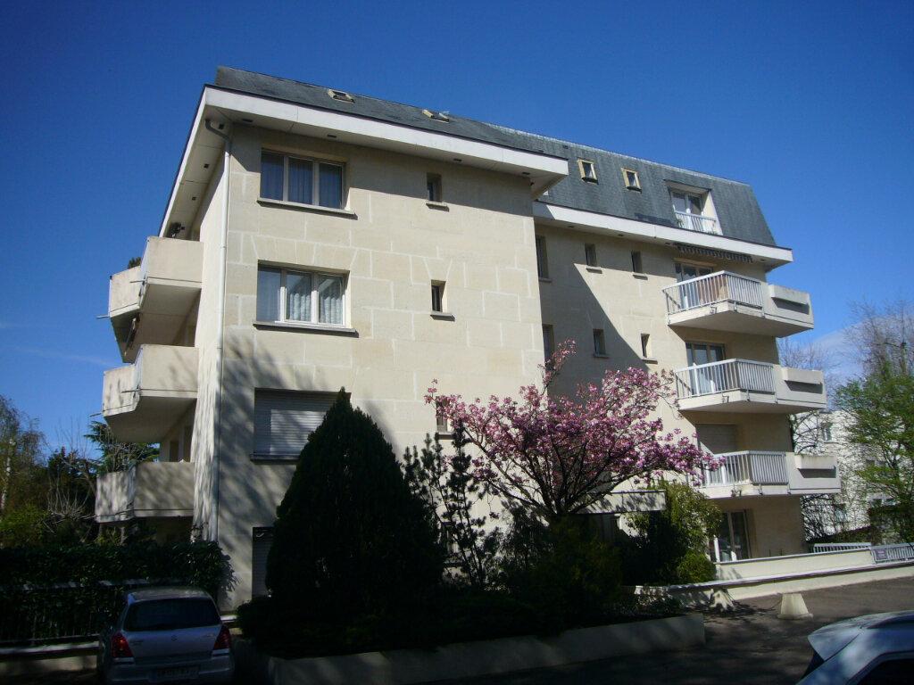 Appartement à louer 3 64.11m2 à Orsay vignette-1