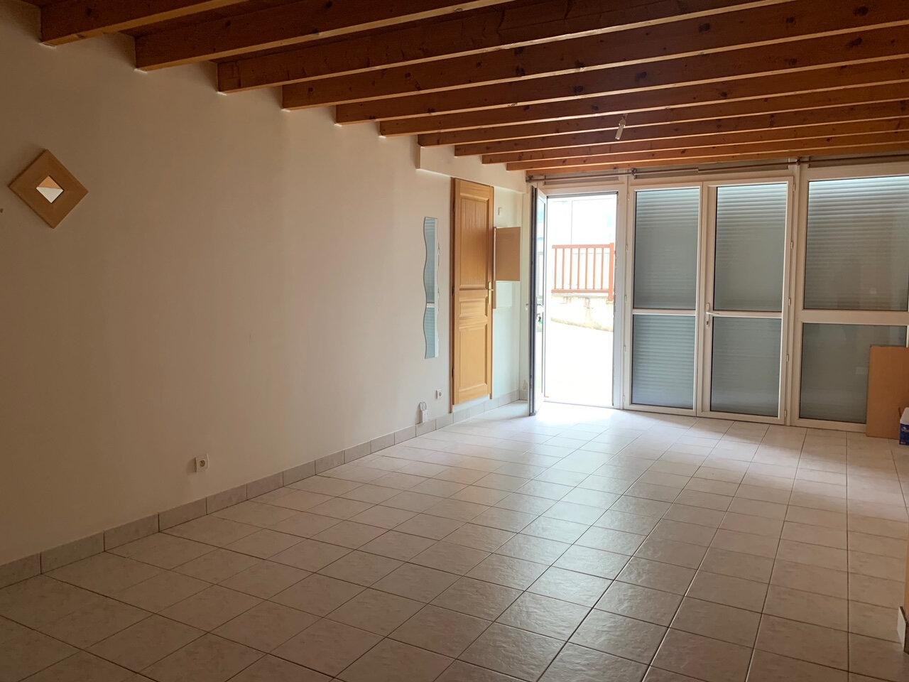 Appartement à louer 3 69.35m2 à Orsay vignette-1