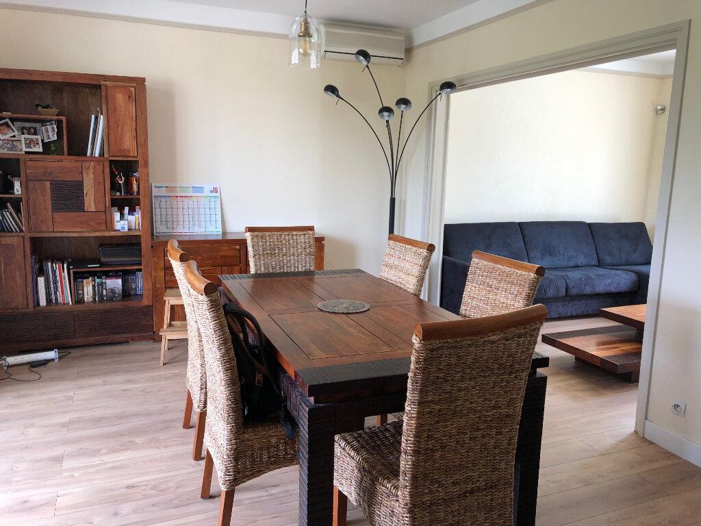 Maison à louer 6 163.29m2 à Bures-sur-Yvette vignette-5