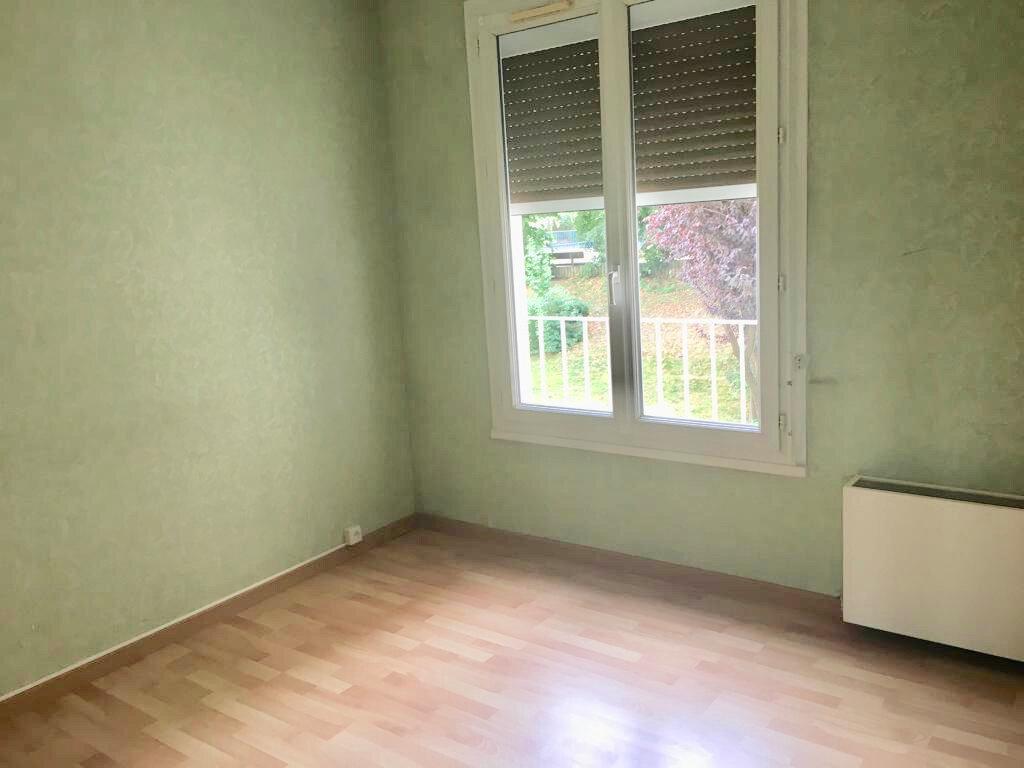 Appartement à louer 4 77.9m2 à Les Ulis vignette-5