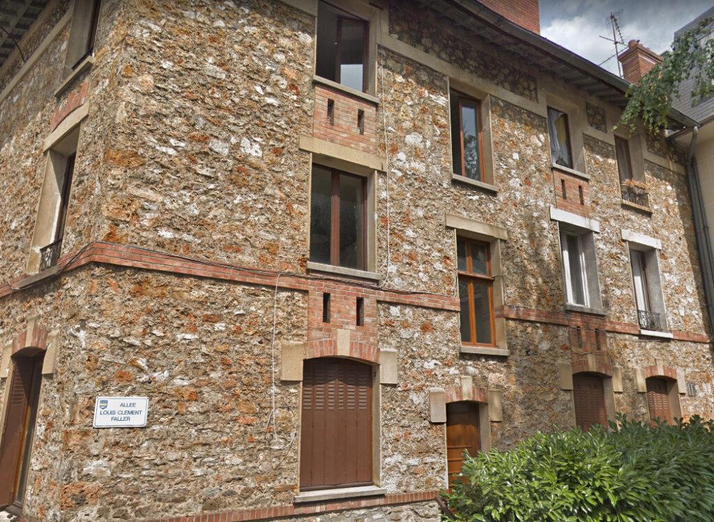 Appartement à louer 3 45.62m2 à Orsay vignette-1