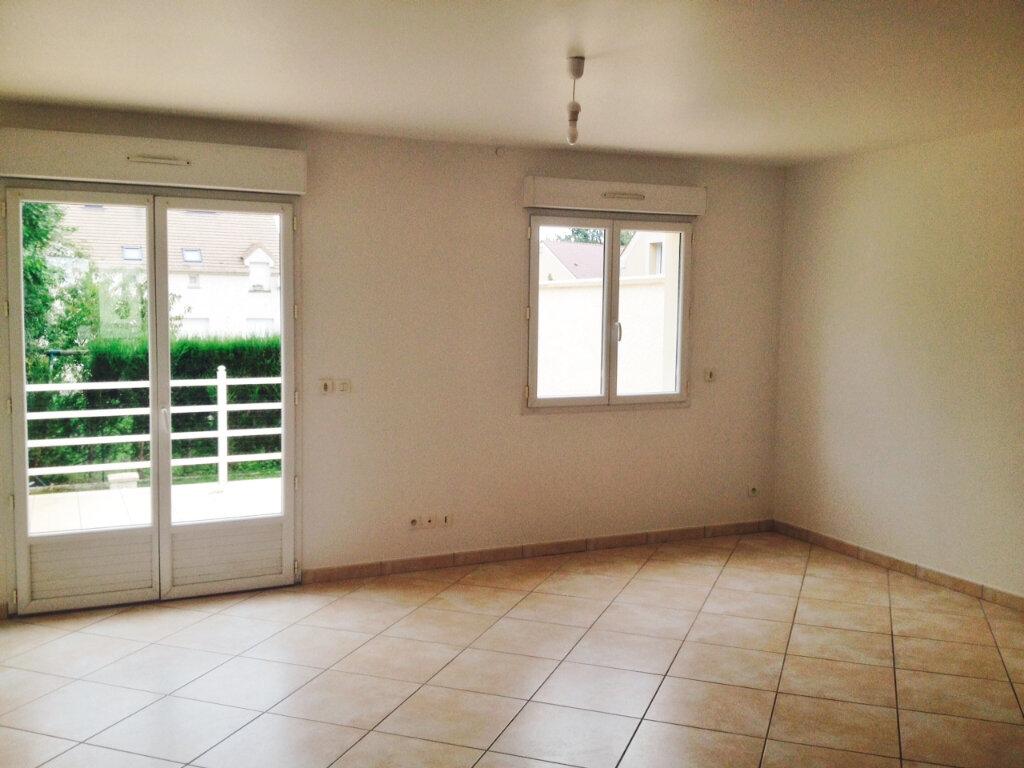 Maison à louer 4 68.59m2 à Gometz-le-Châtel vignette-7