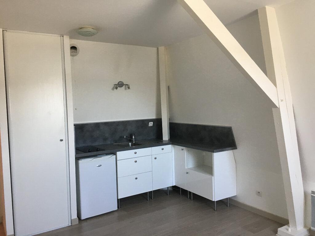 Appartement à louer 1 16.55m2 à Orsay vignette-1