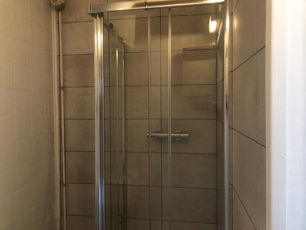 Appartement à louer 1 19m2 à Bures-sur-Yvette vignette-4