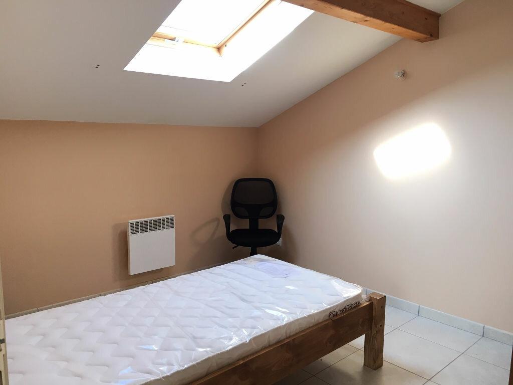 Appartement à louer 1 10.49m2 à Bures-sur-Yvette vignette-3