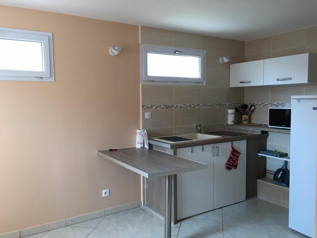 Appartement à louer 1 10.49m2 à Bures-sur-Yvette vignette-4